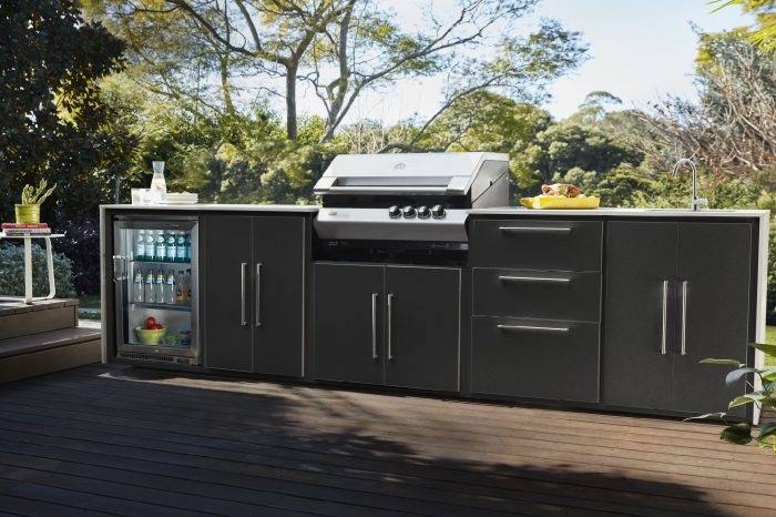 outdoor kitchen cinquetta black